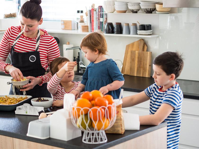KochEvent Familienküche_Backen mit Kindern_Nudelauflauf Familienessen