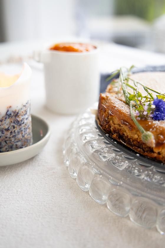 Cheesecake mit Ziegenfrischkäse Marillenröster