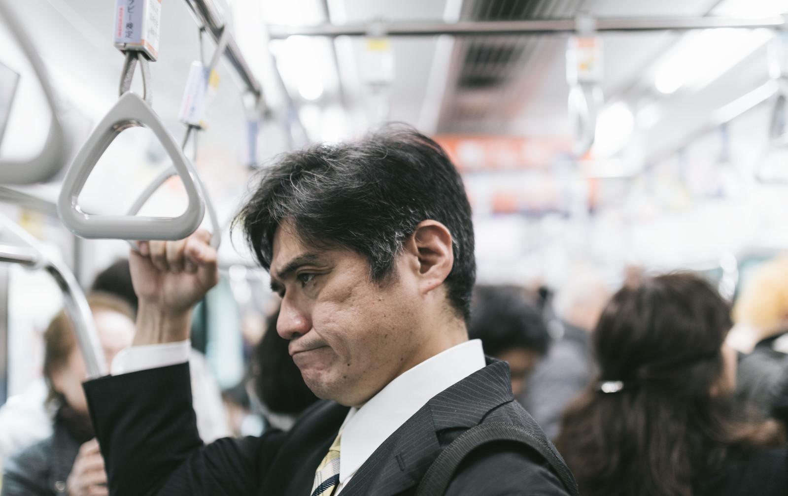 都内の満員電車を緩和させる方法