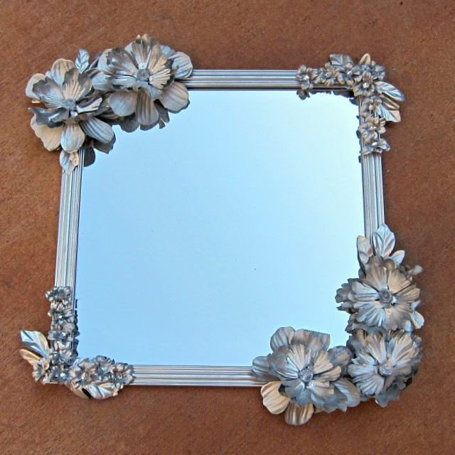Make an Anthropologie inspired flower mirror using inexpensive items.