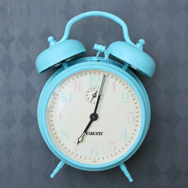 Create a retro styled Anthropologie inspired clock by using Goodwill finds and chalk paint. Full tutorial with lots of tips.