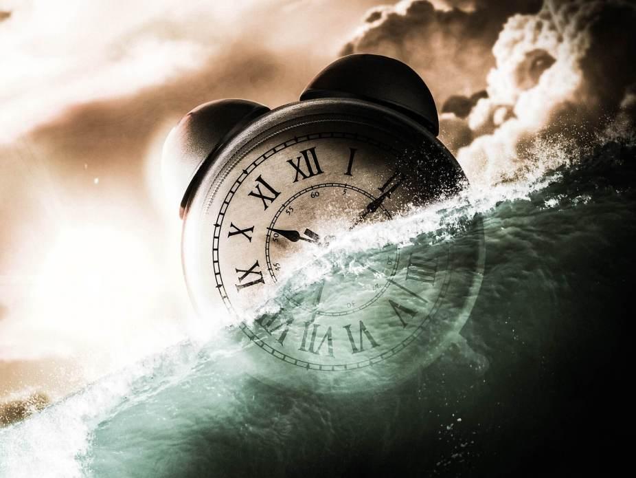 clock-1702513_1920