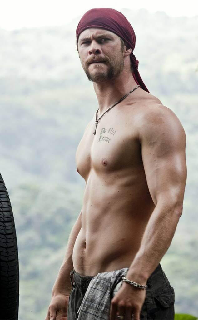 Chris Hemsworth A Perfect Getaway Shirtless