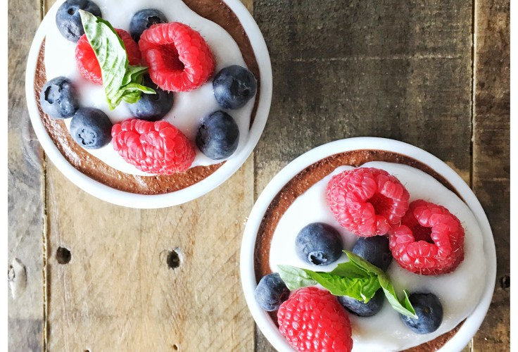 Vegan Chocolate Mousse with berries