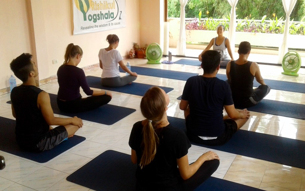 teaching-nomad-yoga