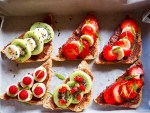 Chocolate and fruit sandwiches by Severien Vits
