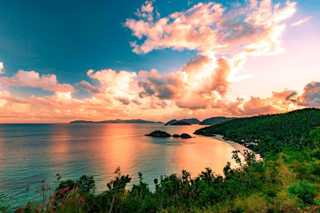 sunrise trunk bay virgin islands national park