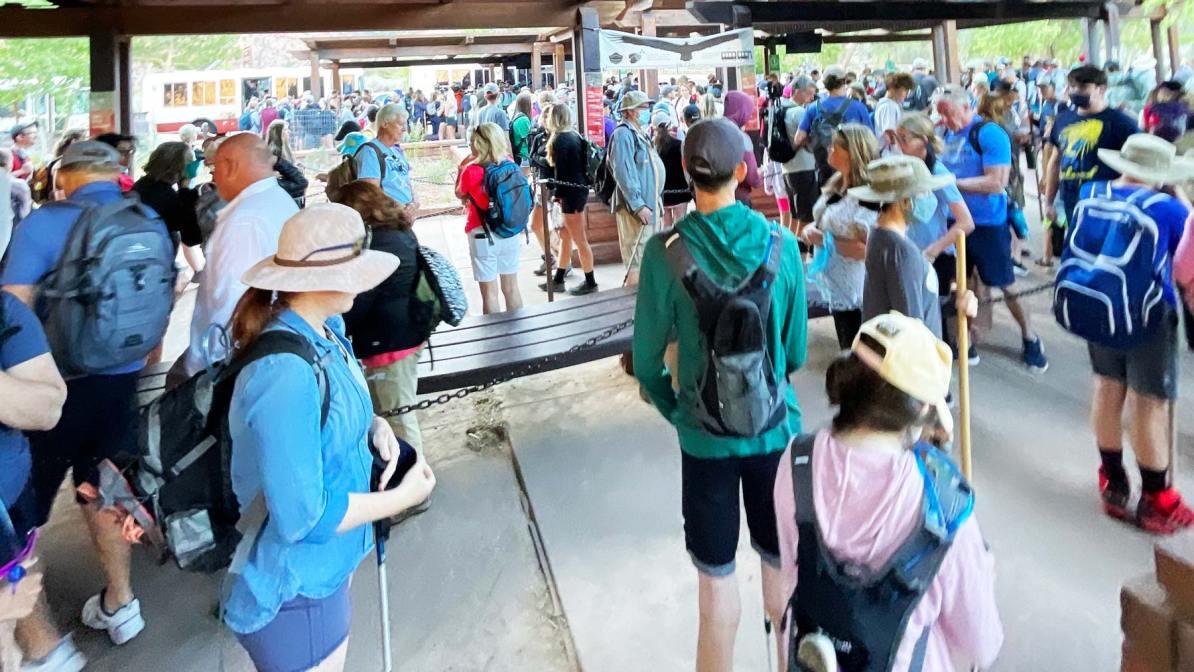 national park crowds zion