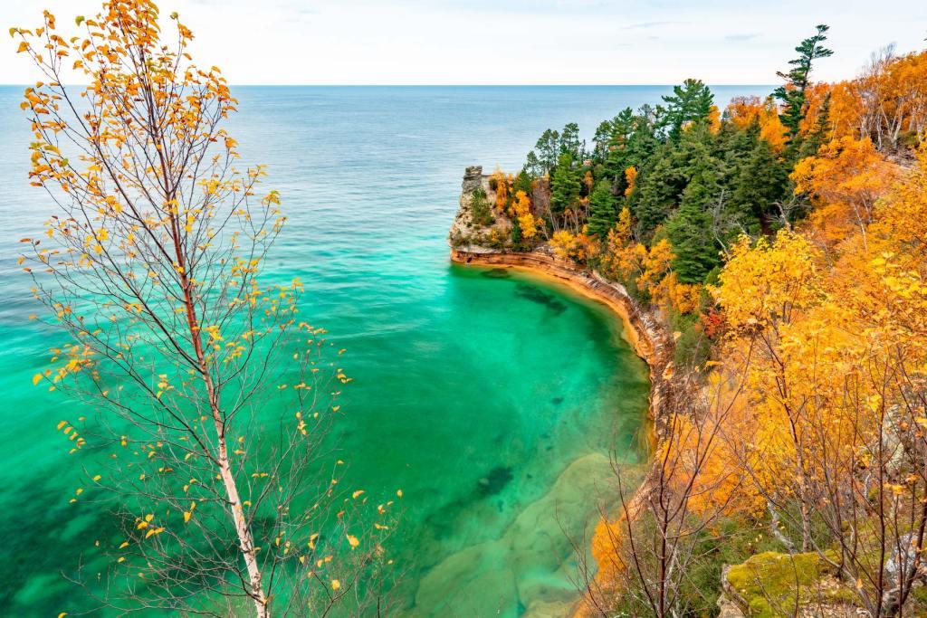 pictured rocks national lakeshore michigan autumn