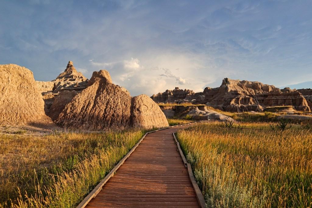 badlands, national park, landscape-5561507.jpg