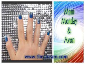 We paired our Dazzlers Top Coat in Disco Ball with our Gel Finish in Royal Vendetta for a one-of-a-kind look. www.thecjteam.com #AvonInsider #CJTeam #ManiMonday #Avon #Nails