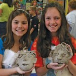 two-girls-with-clay-masks