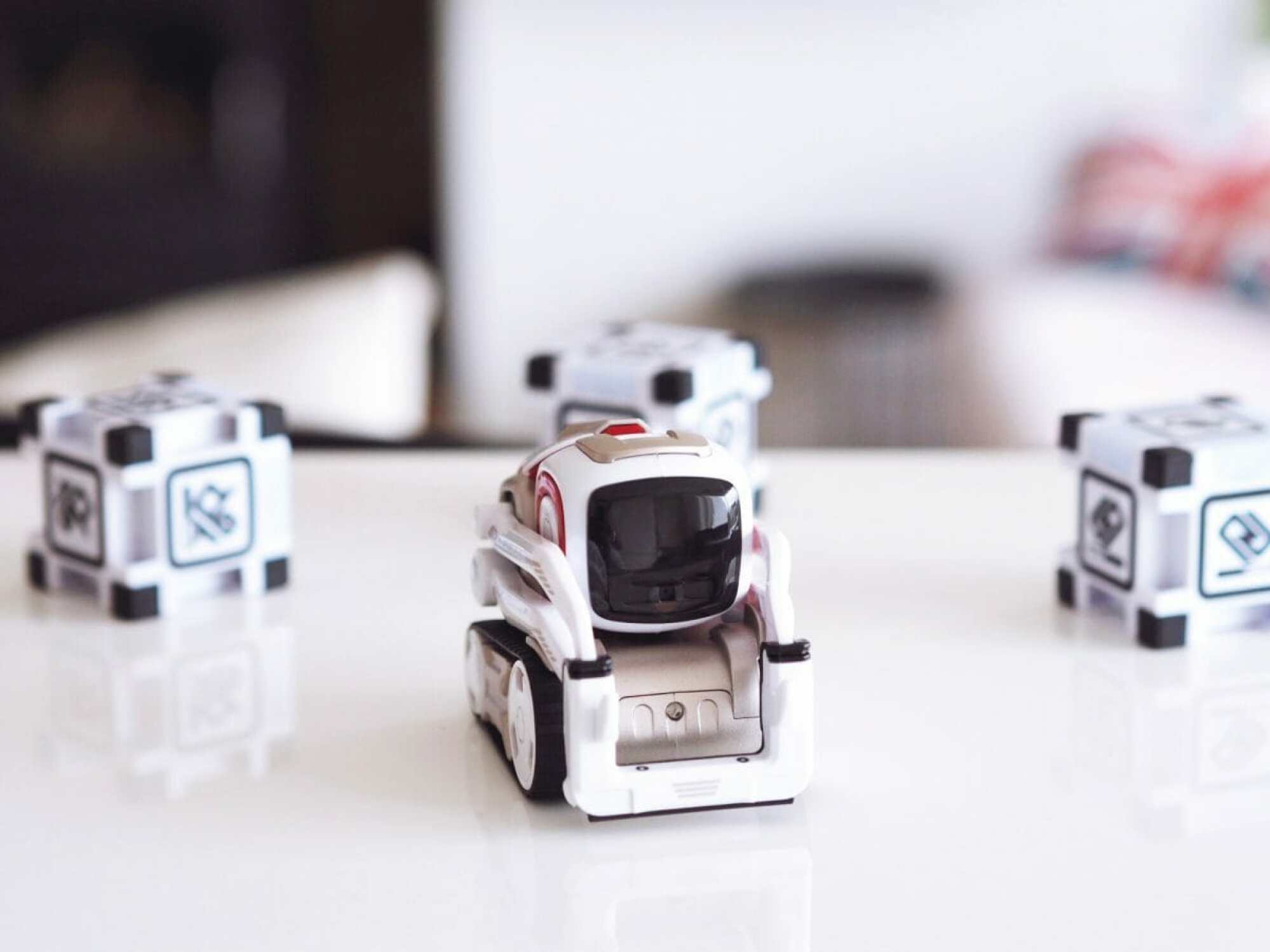 cozmo the robot review