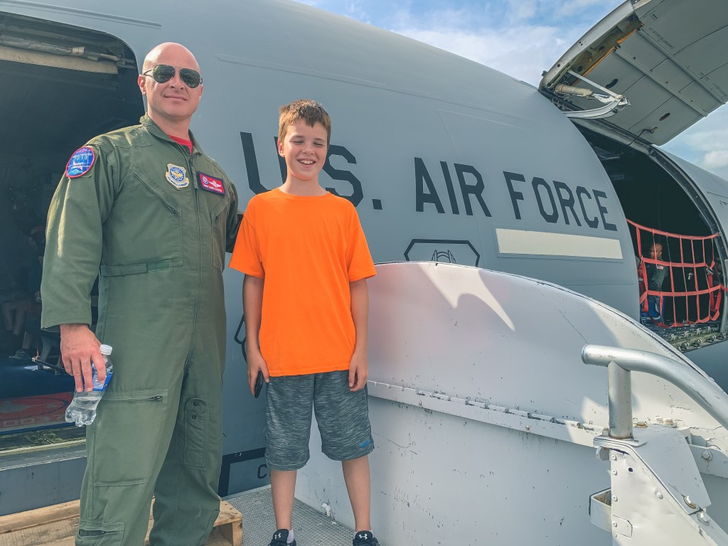 Big kid with commander of U.S Air Force at the 2019 Abbotsford Airshow