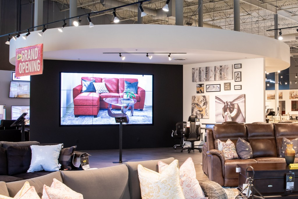 Image of Leon's full showroom floor