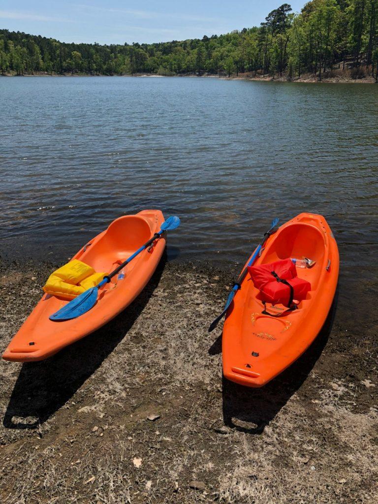 A Weekend Getaway in Broken Bow - www.mandamorgan.com
