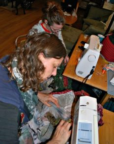Sewing the same wearable sculpture at the same time on TWO sewing machines!