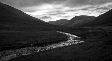 La rivière Brittle au fond de l'Île de Skye