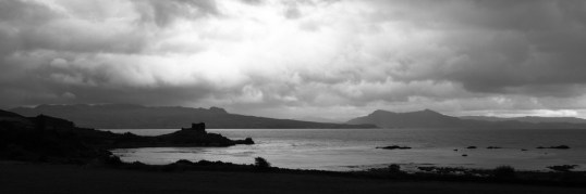 Ruine du château de Knock et Loch Hourn