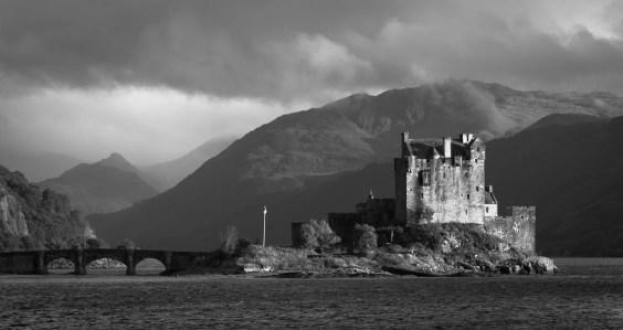 Archétype du château écossais - Eilean Donan Castle