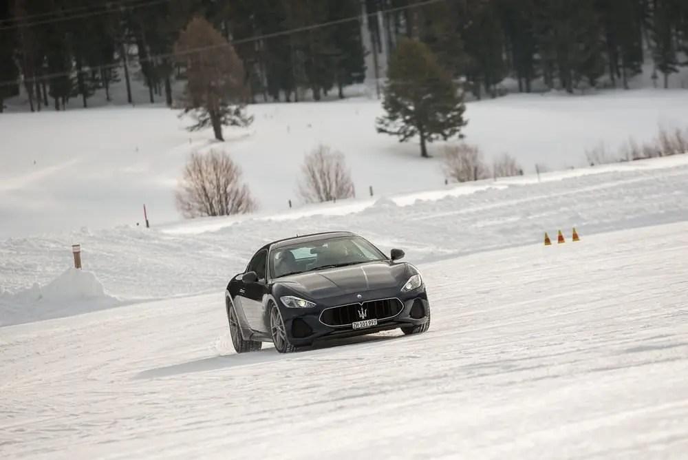 J'ai conduit une Maserati sur la neige et voici ce qu'il s'est passé.... 4