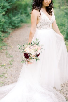 Venue: @firelightcamps Planner: @kinshipandcompany Photography: @haleyrichterphoto Dress: @truvellebridal Flowers: @ithacaflowershop Makeup: @norabloombotanicals @nailsbynancyluong