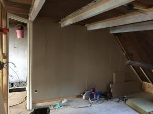 Slaapkamer wand met overloop is dicht