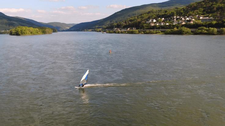 Windsurfen Rhein Burg
