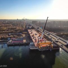 Schiersteiner Brücke - Bauabschnitt mit Kran