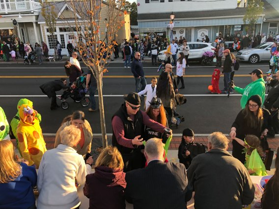 March of the Goblins, Halloween, Center Moriches: big crowd