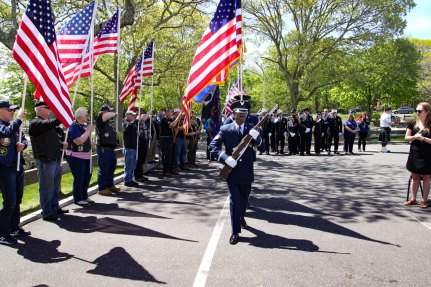 Major Andy O'Keeffe tree memorial - 5