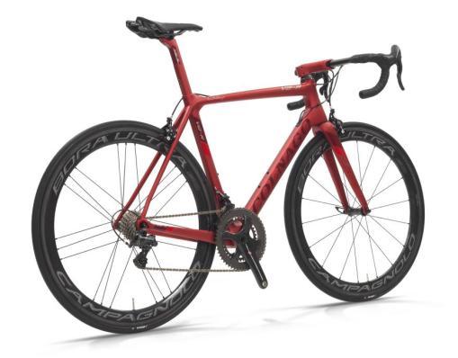 【2018年モデル】コルナゴ『V2-R』。空力、ディテールを改善し、更なる高みを目指した軽量エアロロードバイク。