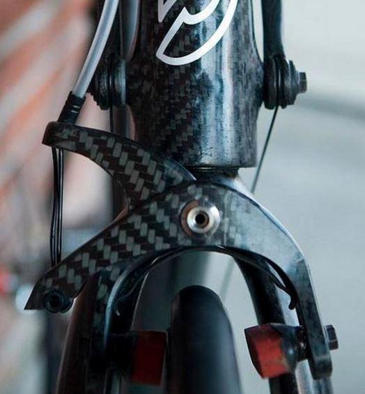 ブレーキ シフター 世界最軽量のロードバイク完成車。