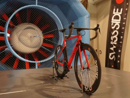 空力学的に考えて、エアロハンドルにどこまでバーテープを巻くべきか? 風洞実験