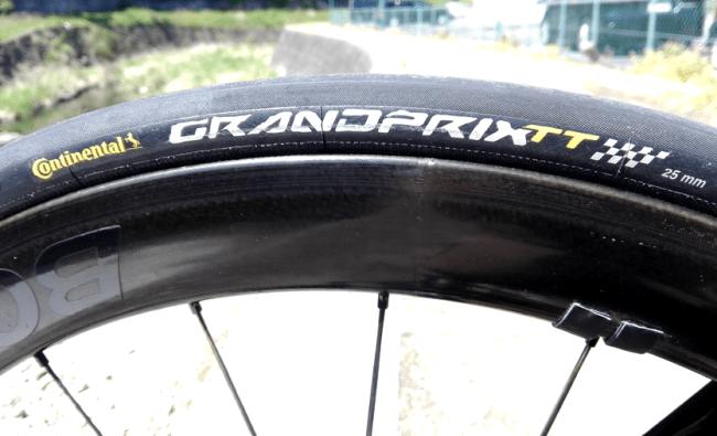 耐パンク性 コンチネンタル GP4000 RS タイヤ インプレッション continental 重量 レビュー 使用感