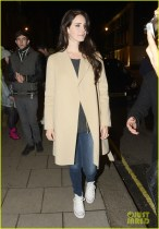 Lana Del Ray Outside Of Her London Hotel