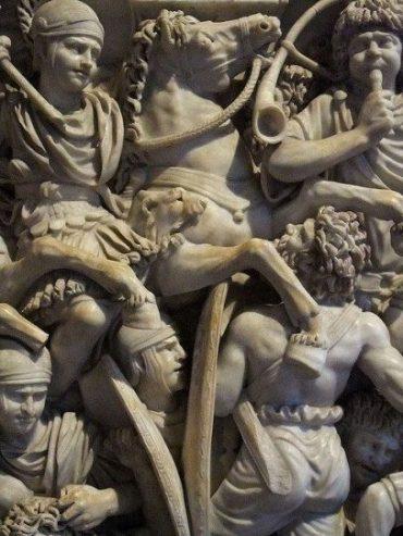 Strijdscene op een Romeinse sarcofaag