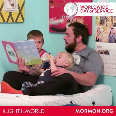 Shay Carl 2 Shaytards #LIGHTtheWORLD