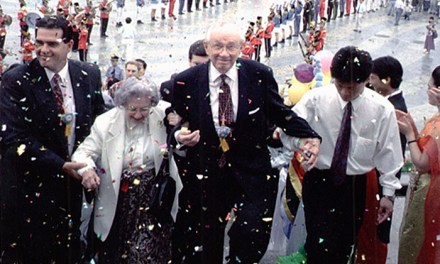 New Year, New You: Learn from Gordon B. Hinckley in 2017