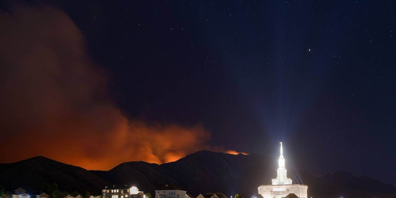 MUST SEE PICS! The Payson Temple amidst the Bald Mountain Fire and Pole Creek Fire