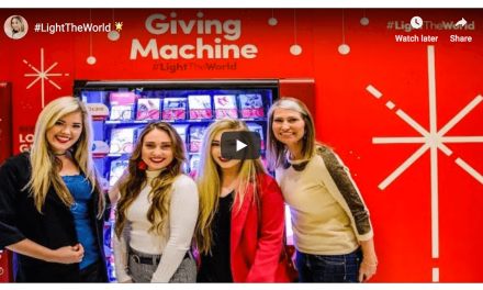 """Sunday Jess"" shows the unveiling of the Giving Machines to help #LightTheWorld"