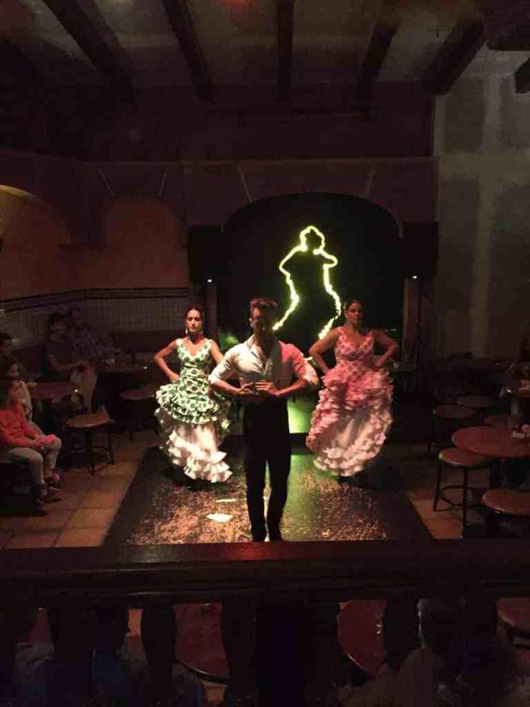 Med gæster til Flamenco i Nerja