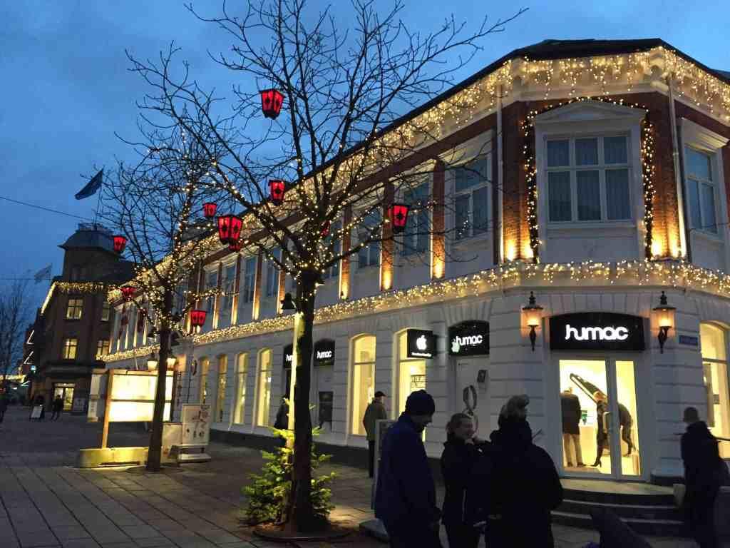 Vores julepyntede by er S Å fin!