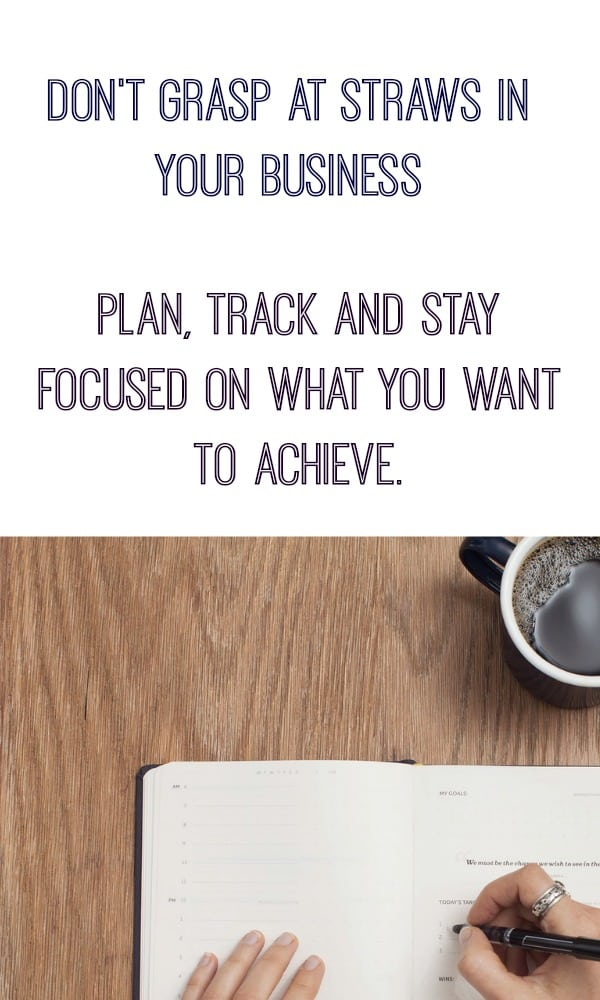 Don't grasp at straws. Plan, track and stay focused (Free Hourly Time tracker)