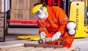 4 Rules For Manufacturing In Small Business