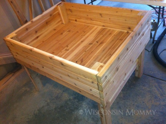 This Is A Smaller Elevated Raised Garden Bed. It Would Be Good For Planting  A Small Garden Or Even Using For Herbs.