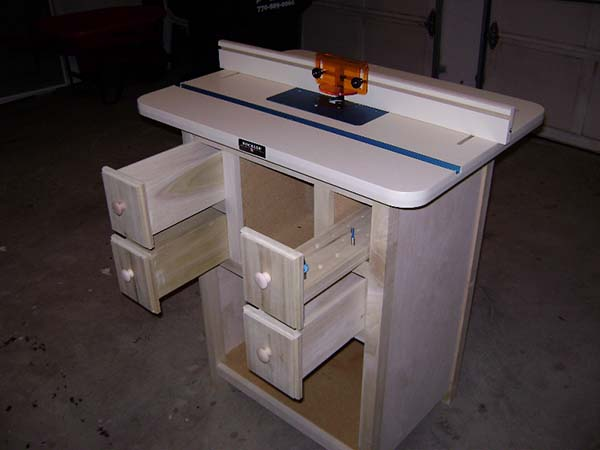 39 free diy router table plans ideas that you can easily build this router tables original idea came from a separate post by a blogger named jane she contributed to the basic build keyboard keysfo