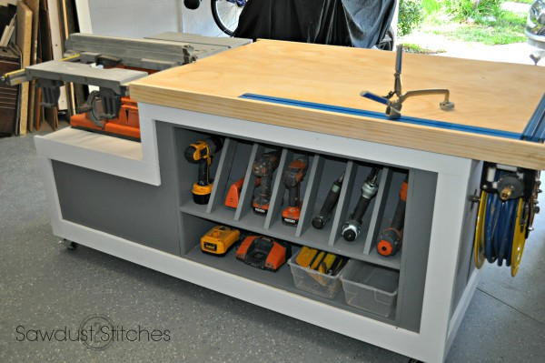 This Table Is The Ultimate Workbench. It Looks Really Nice And Fits Just  About Any Need You Might Have. It Offers Great Amounts Of Storage For Large  Or ...