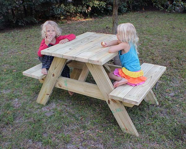 Mini Connected Picnic Table Plans