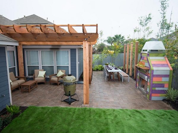 8-formal-backyard-design